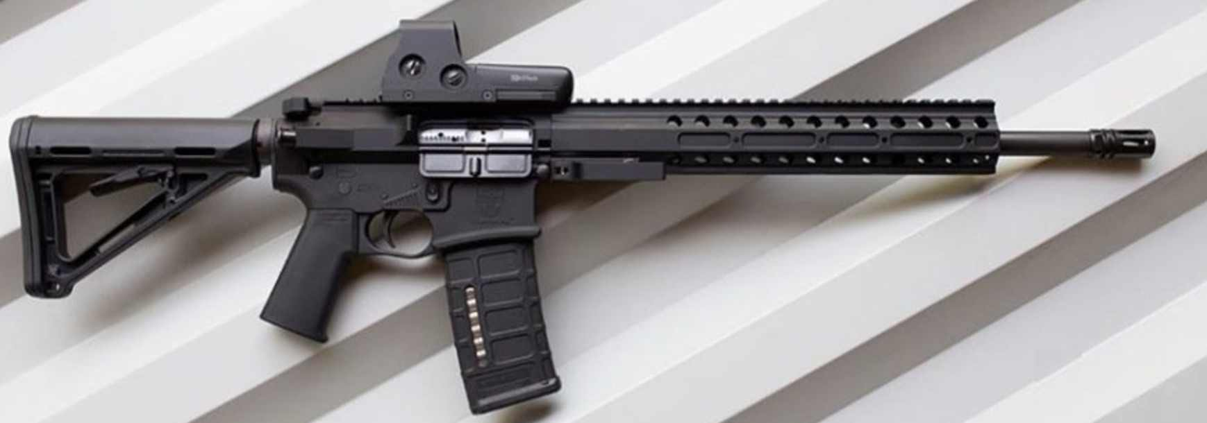 AR-15 02
