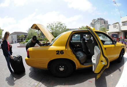 taxi-to-airport