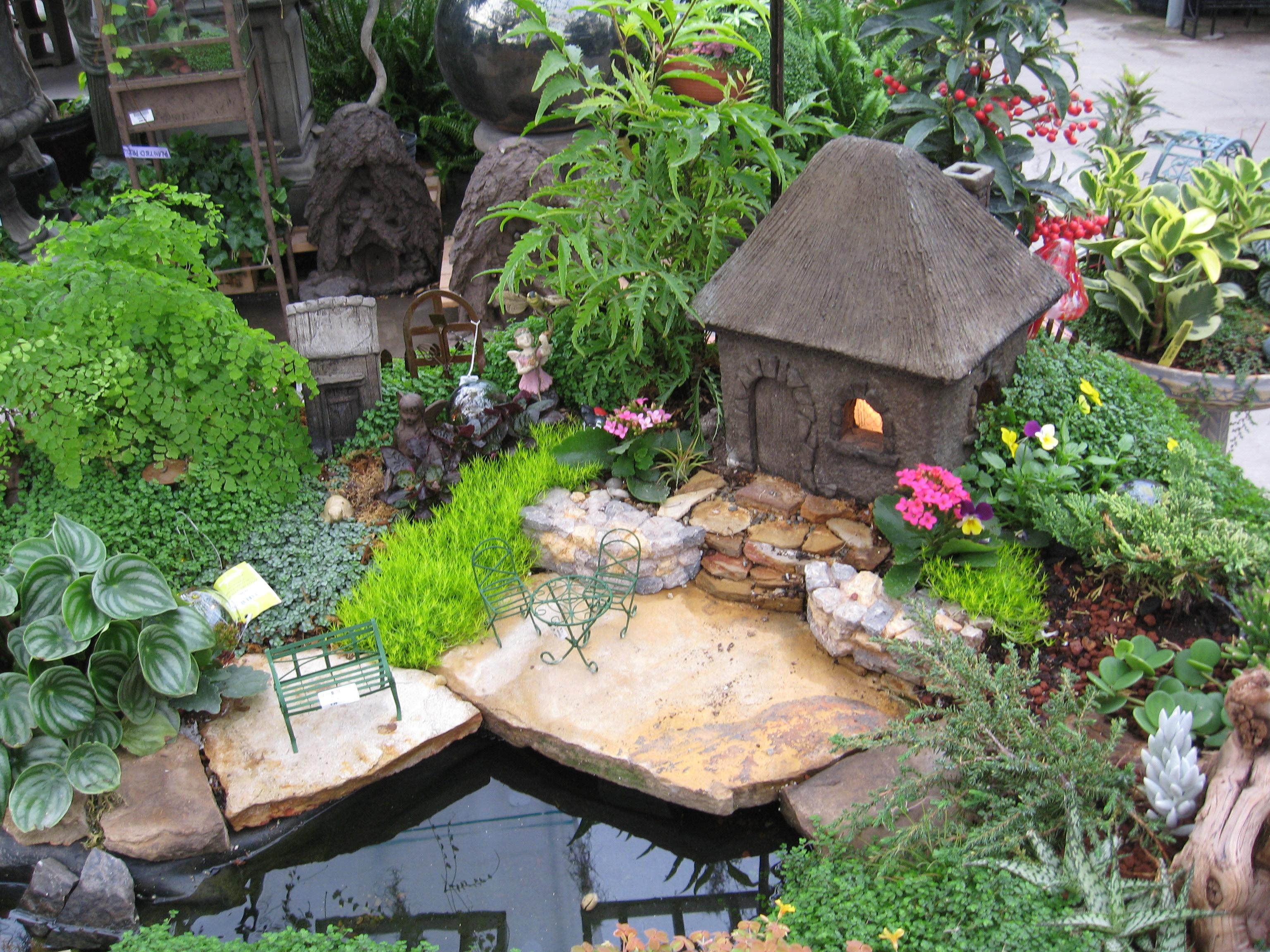 Garden Supplies 05
