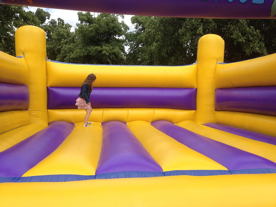 bouncy castle hire tips